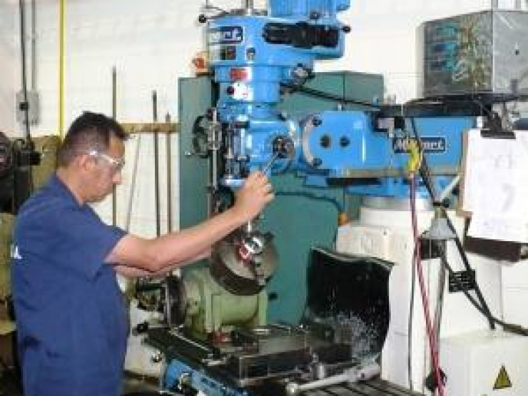 Milling Machines with DRO